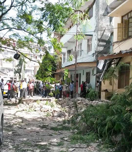 A building on Mwisho St has partially collapsed. No injuries are reported. Photo: Shahid Fazal