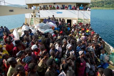 Burundian refugees being transported to Kigoma. Photo: Daniel Hayduk