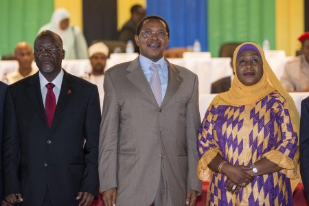 President elect John Magufuli, outgoing president Jakaya Kikwete and Vice President elect Samia Suluhu. Photo: Daniel Hayduk