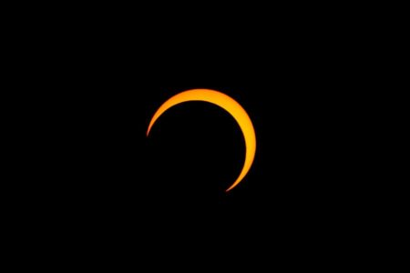 A partial solar eclipse will be visible over Dar on September 1. Photo: CC BY-SA 3.0/Thephatphilmz